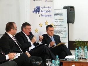 8 noiembrie 2013: Participanti la dezbaterea Summit-ul de la Vilnius